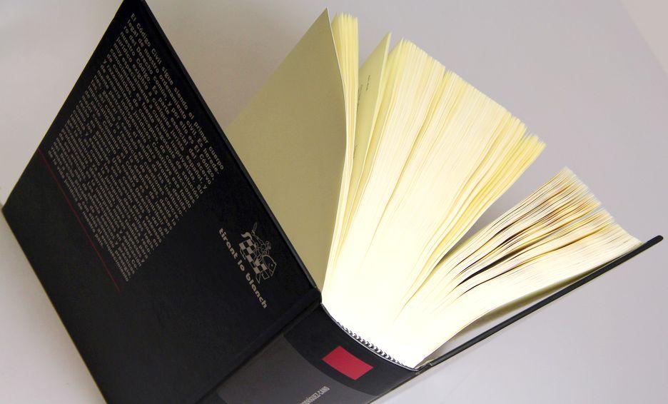 Impression livre papier fin relié